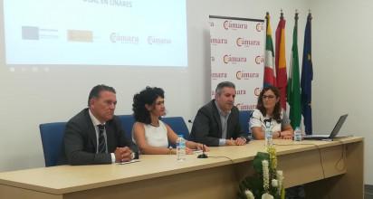 El alcalde de Linares, Raúl Caro-Accino, en la presentación de los cursos de FP Dual